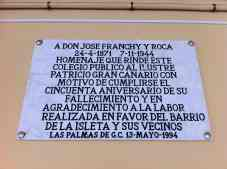 Placa en el Instituto Franchy Roca. La Isleta
