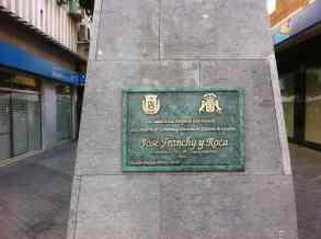 Placa del monumento a Franchy Roca. Calle Franchy Roca