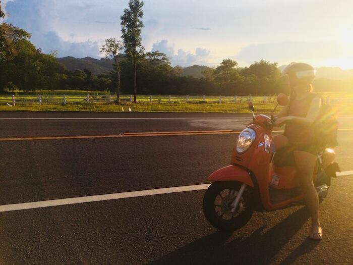 de-kanchanaburi-a-sukhothai-alquilar-moto