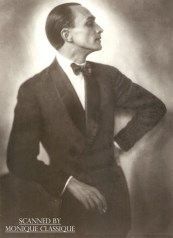 Conrad as a fashion model in the 1920s