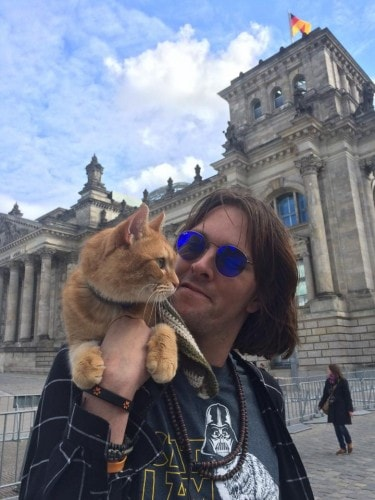 street-cat-bob-james-bowen