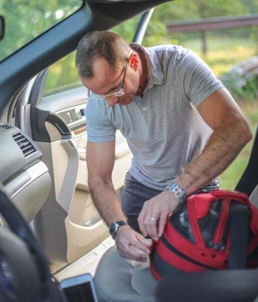 sleepypod-car-seatbelt