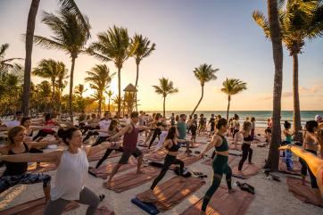 sundara-beahside-yoga-conscious-electronic-1178