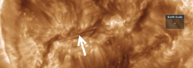 Massive Plasma Filament Faces Earth | Earth & Space News Feb 8, 2015