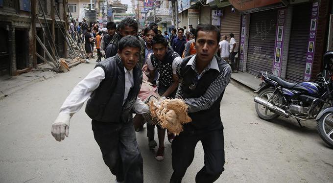 Nepal earthquake stretcher 1