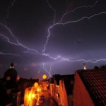 11 Crazy Facts About Getting Struck By Lightning (And How To Avoid It)
