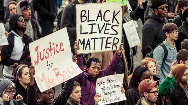'We must end police violence so we can live and feel safe in this country,' Campaign Zero states on its website. (Photo: Basil-Malik/flickr/cc