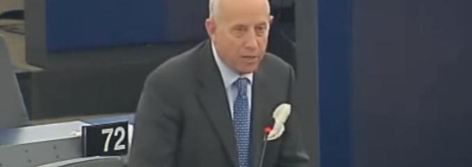 Watch a Rare Moment Of Truth As MEP Explains Why the Whole Banking System Is A Scam