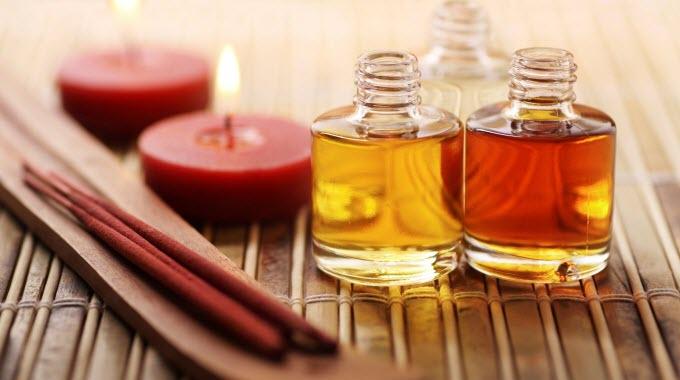 essential-oils-featured