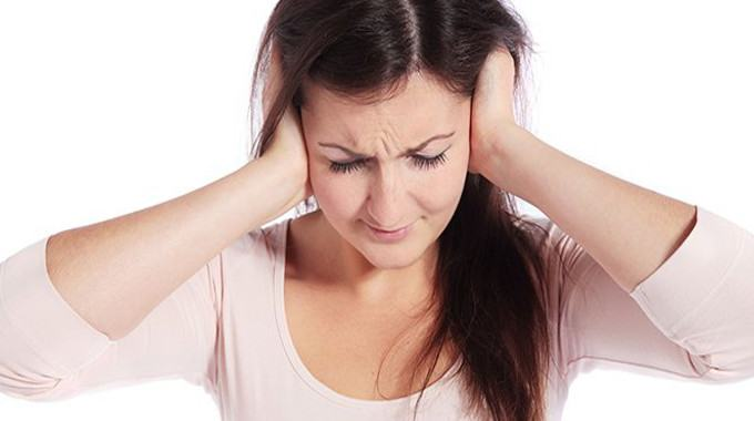 Ear ringing tinnitus