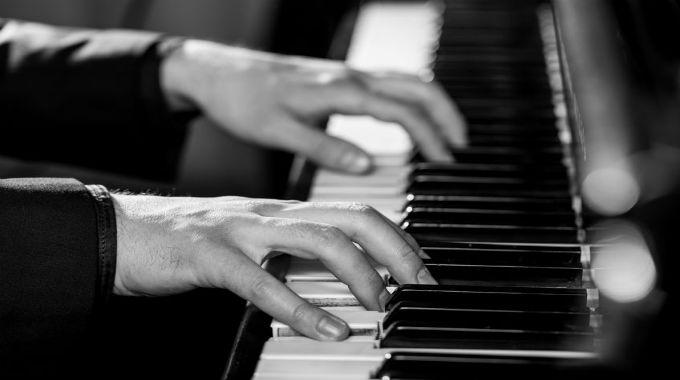 pianoplayer-680x380