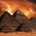 Russian Physicists Prove The Great Pyramids Of Giza Can Focus Electromagnetic Energy Like an Ancient Tesla Coil