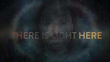 There is Light Here [Incredibly Beautiful and Uplifting Music Video with Lee Harris & Barry Goldstein]