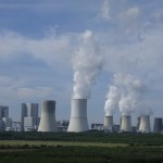 IEA Warns CO2 Emissions Set to Climb to 'All-Time High' as Rich Nations Skimp on Clean Energy