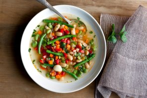 WATCH: Three Bean Sisters Soup Recipe