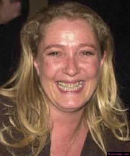 Le sourire carnassier (humourger.com).