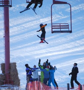 ski fal falling