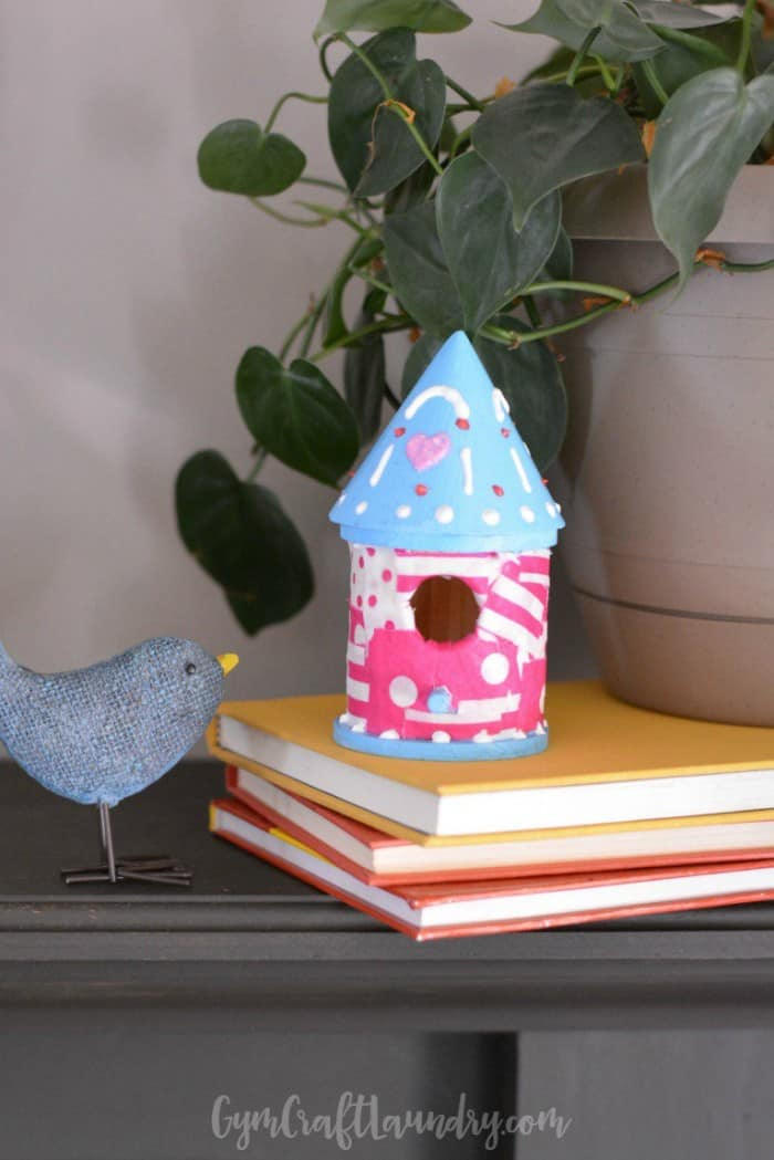 Easy-Kids-Craft-Decoupage-Birdhouse