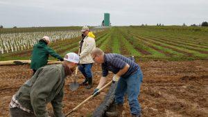 Conservation specialists Scott Eden and Matt Van Wey participate in the erosion workshop.