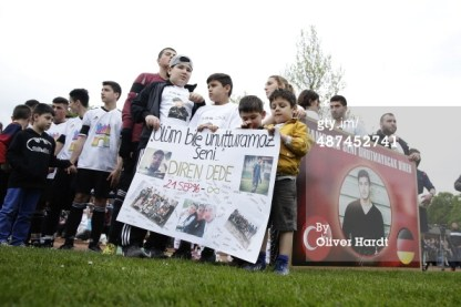 Rally for Dede in Hamburg, Germany.