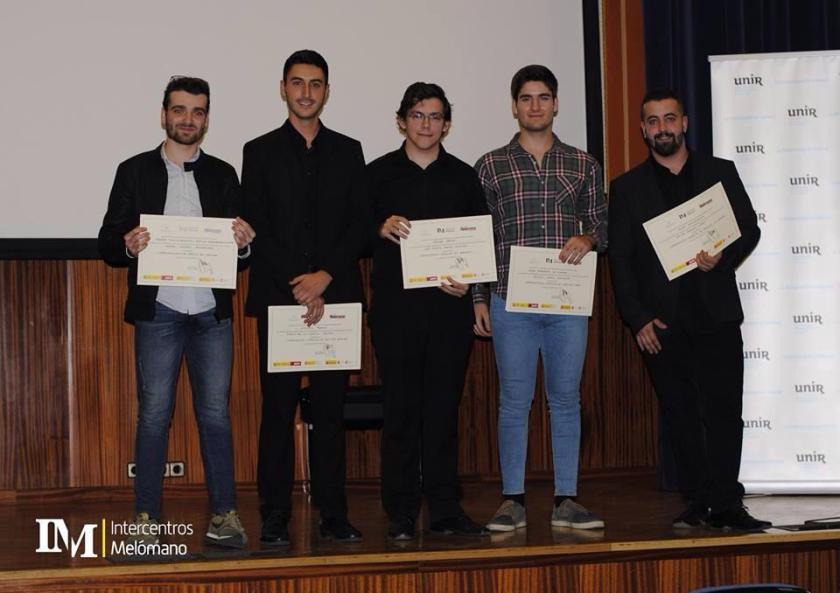 Javier Cámara Palomares, alumno de saxofón del centro, recibe el Premio «Alicia Urrieta»
