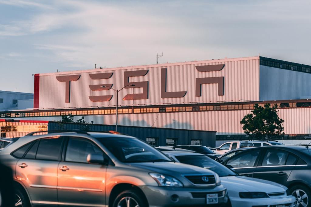 Tesla recall 2021
