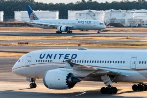 United Airlines Covid-19 Vaccine Class Action Lawsuit - Forcing Employees To Get Vaccinated