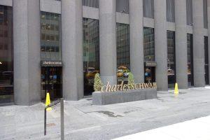 Charles Schwab Intelligent Portfolio Class Action Lawsuit 2021 - Purposedly Mishandling Investors' Money