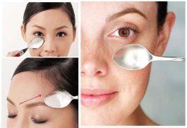 Massaggio viso con cucchiaio: come farlo, che cos'è, benefici