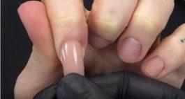 Dual Form Nail System: il nuovo metodo per ricostruire le unghie! [acrilico/gel]