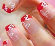 Nail art con farfalla: scopri tante idee!