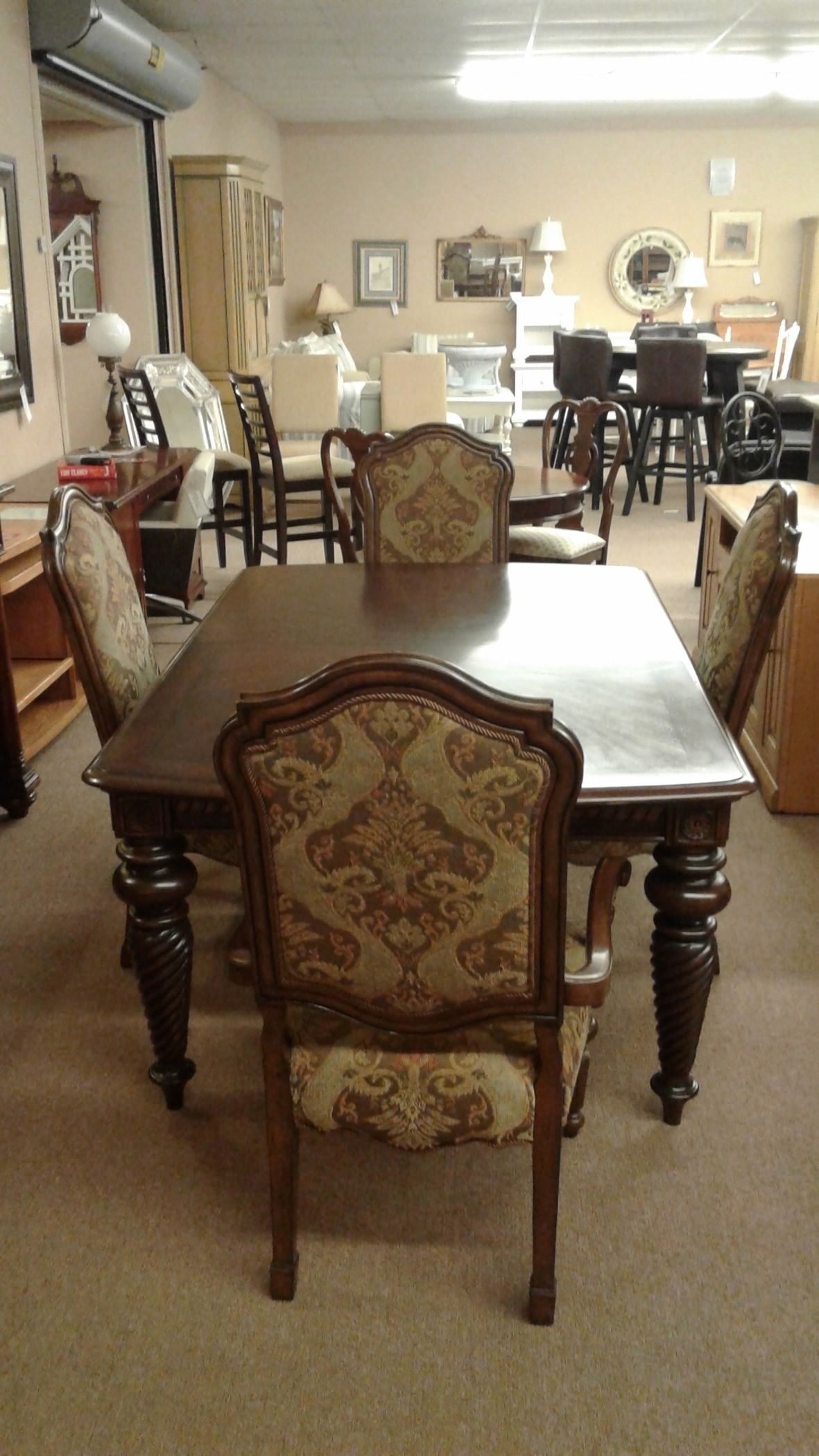 BERNHARDT DINING W4 CHAIRS Delmarva Furniture Consignment