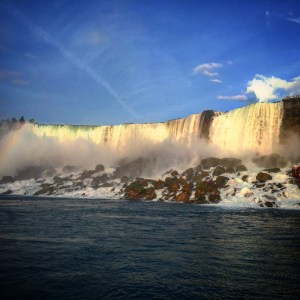 A guide for road tripping to Niagara Falls