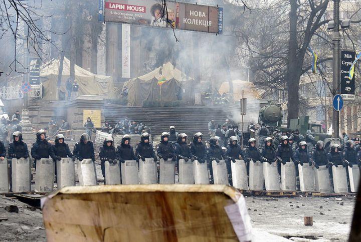 Police in Hrushevsky Street, Kiev, Feb. 12, 2014. (??????? ?????? via Wikimedia)