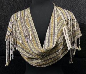 Luxurious reversible silk scarf – Khaki