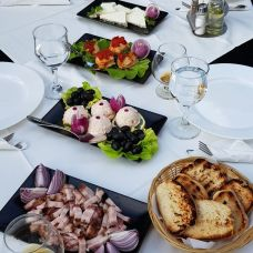 Restaurant Taverna Sarbului Constanța 34