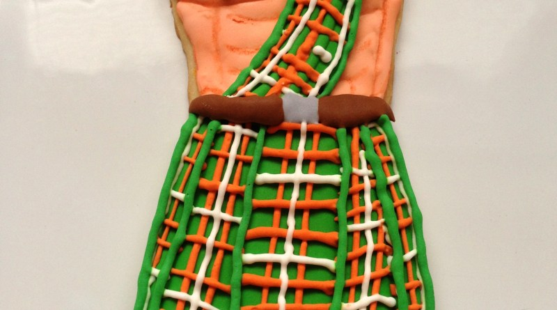 Man in Kilt Cookie – Shoulder 4