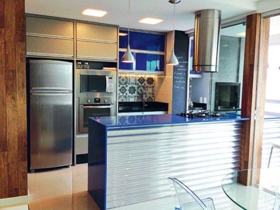 cozinha-detalhes-coloridos azul pequena