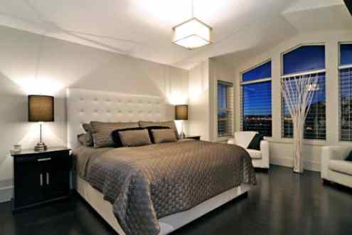 20 quarto elegante com piso preto