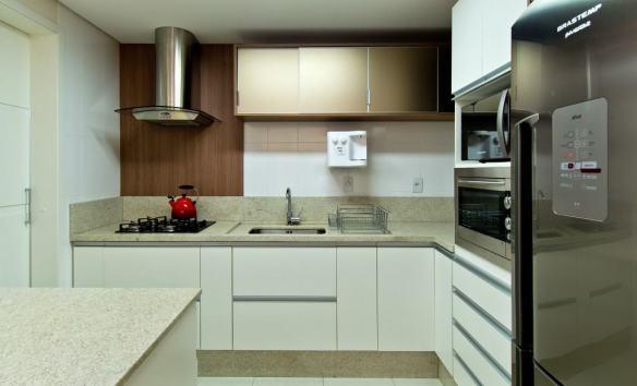 cozinha com granito branco itaunas