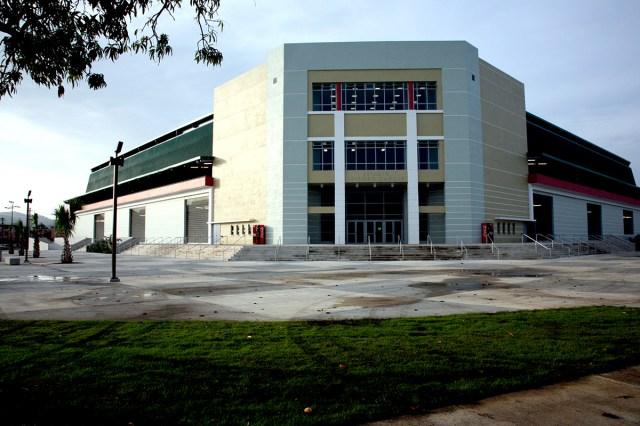 Isidoro García Baseball Stadium – Constructora