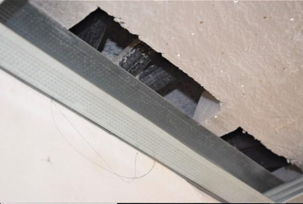 Perforación de la placa por tener que encajar canalizaciones