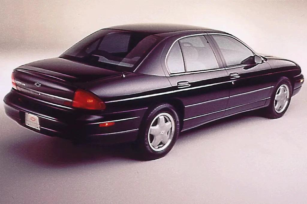 01 Chevrolet Lumina Monte Carlo