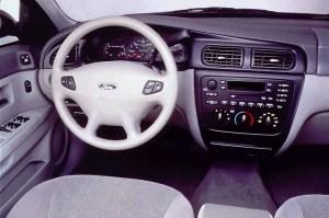 200006 Ford Taurus | Consumer Guide Auto