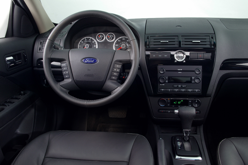 Manual Focus Ford Se Silver 2014 Transmission Sedan