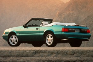 199093 Ford Mustang | Consumer Guide Auto