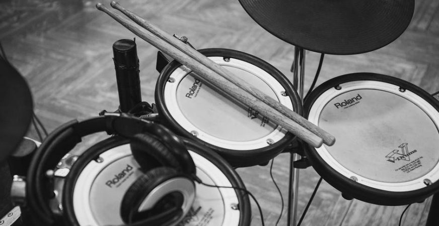 4 Best Electronic Drum Sets Under  1000  2018 Update