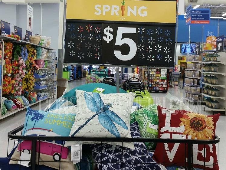 cute patio toss pillows only 5 00 each