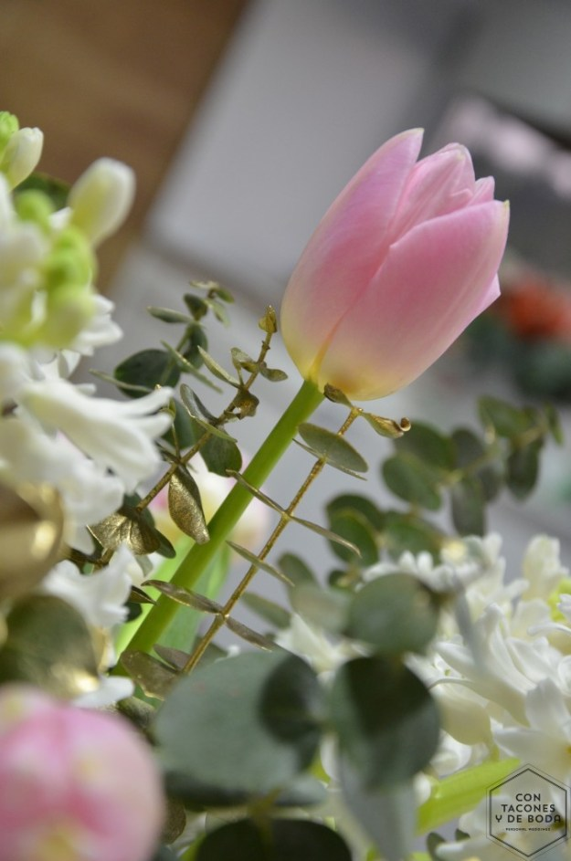 mesa-boda-floral-contaconesydeboda-08