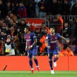 El Barcelona sufre pero no afloja